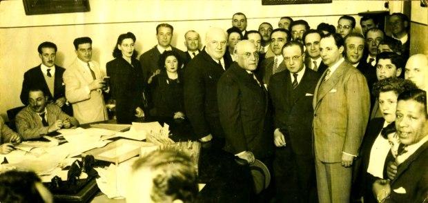 proclamacion-Berreta-a-presidencia-republica_casa-partido-batllista_noviembre-1946_fernández-en-tercera-fila